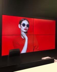 Digital Signage 2×2 m videoseinä